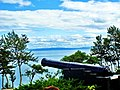 Canon (fake^) facing the St. Lawrence River - panoramio.jpg