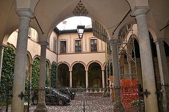 Piero Portaluppi - The Casa degli Atellani in Milan, designed in 1823 by Domenico Aspari, restored by Portaluppi in the 19202 and again after World War II.