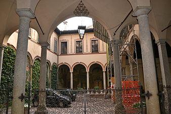 Casa degli Atellani, (Milan) 01.JPG