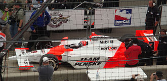 2009 Indianapolis 500 - Hélio Castroneves sits in his car just prior to his pole-winning qualification run.