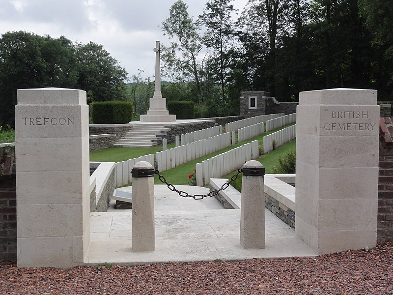 Caulaincourt (Aisne) Trefcon British Cemetery