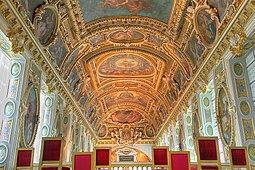 Cielo de la capilla del Castillo de Fontainebleau.