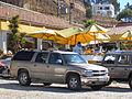 Chevrolet 2500 Suburban LT 2001 (12446860843).jpg