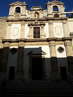 Chiesa dei Santi Paolo e Bartolomeo (Alcamo) - Facciata.jpg