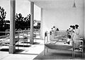 Children recieving sun treatment, Vienna Wellcome L0023936.jpg