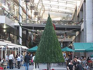 Rue Verdun - Christmas decorations on Verdun Street