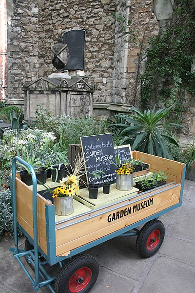 File:Church of St. Mary, Lambeth Bridge Roundabout, now the Museum of Garden History 23 trolley.jpg