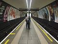 Clapham Common stn look north.JPG