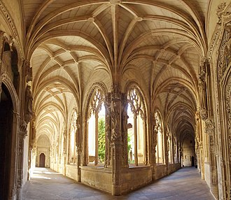 Isabelline (architectural style) - Lower cloister of the Monastery of San Juan de los Reyes, Toledo