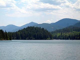 Cle Elum Lake lake