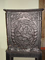 Coat of arms of Norway on iron stove.jpg