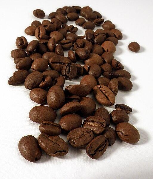 File:Coffee beans - ziarna kawy.jpg