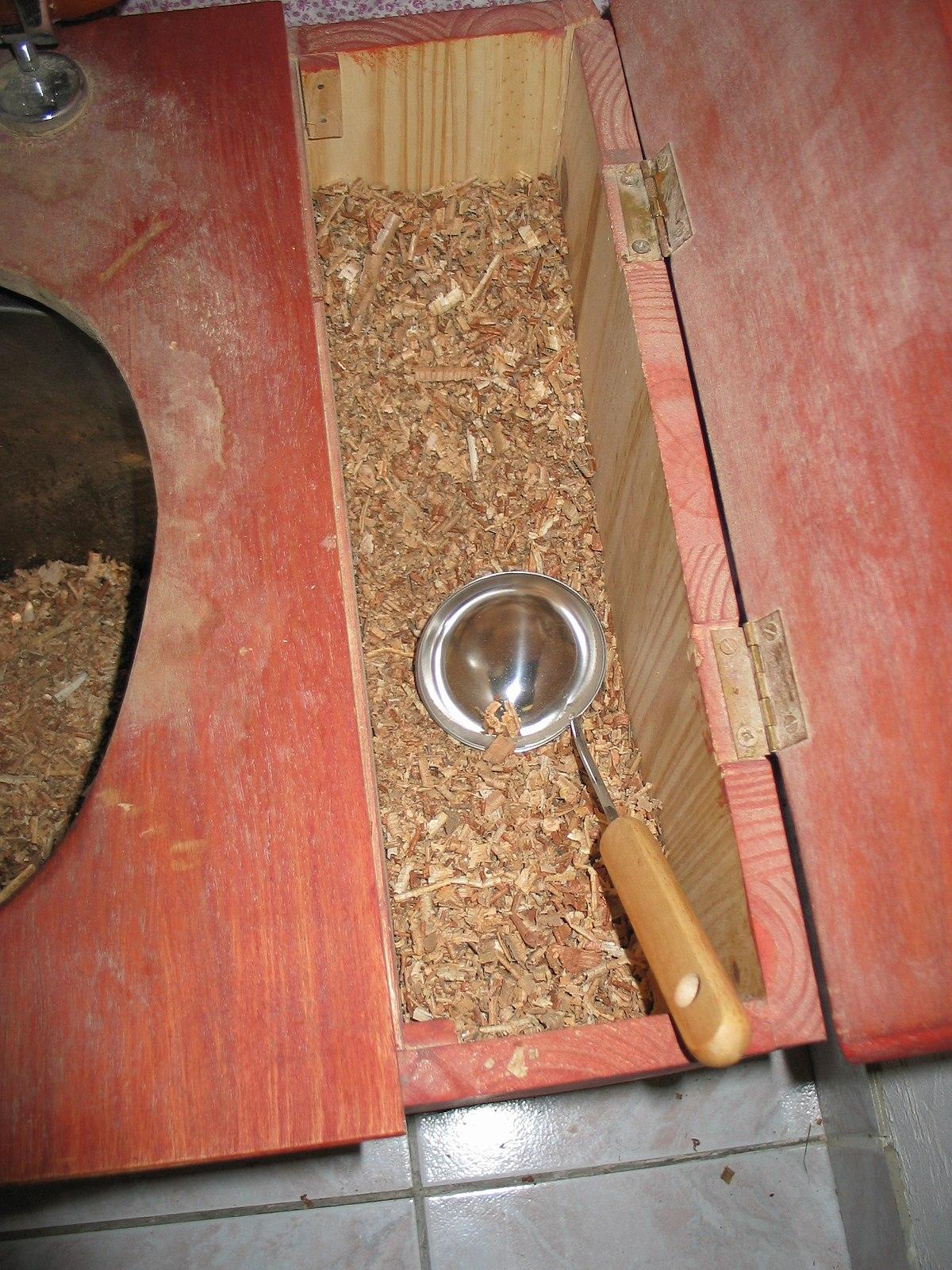 Composting toilet zoom.jpg