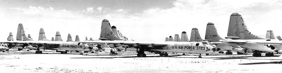 Convair B-36s at AMARC 1958 awaiting scrapping