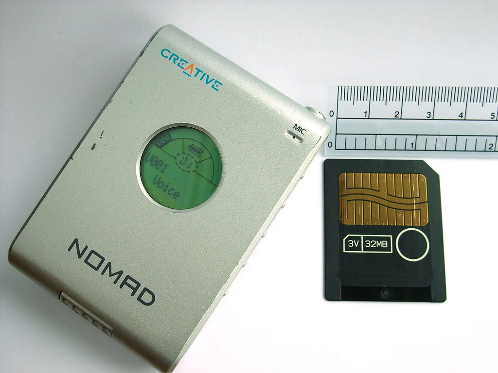http://upload.wikimedia.org/wikipedia/commons/thumb/c/cf/Creative_Nomad_MP3_Player.JPG/1024px-Creative_Nomad_MP3_Player.JPG