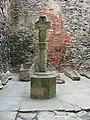 Crucifux dans la cour du château de Noirnoutier.jpg