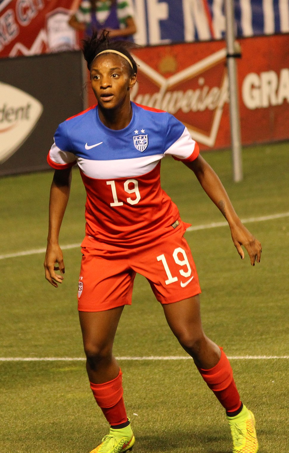 Crystal Dunn USWNTvsMEX (cropped)