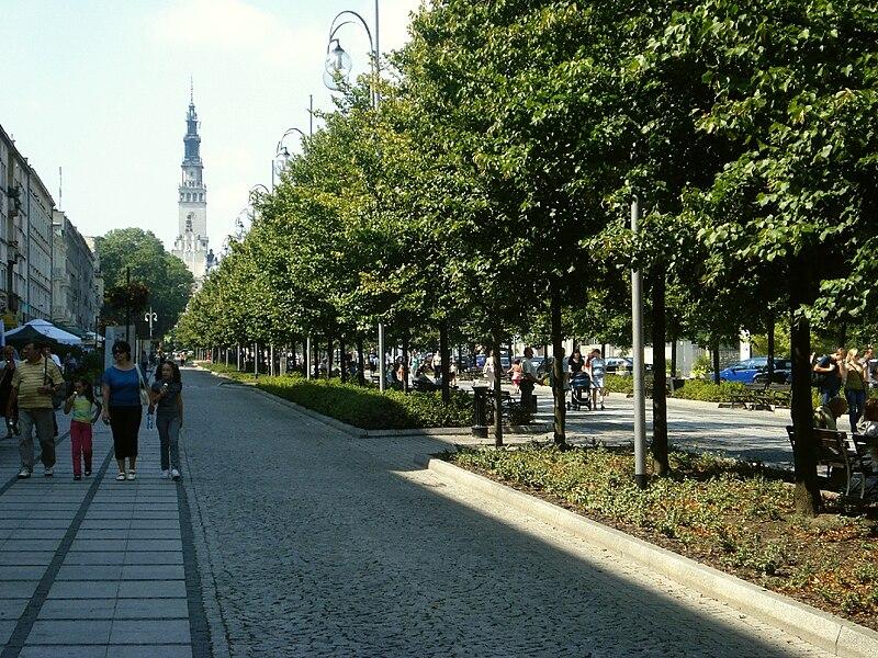 Plik:Czestochowa III Aleja IX-2009.jpg