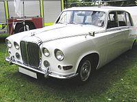 Daimler DS420 thumbnail