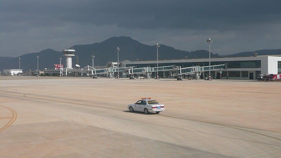 Dali Airport 07