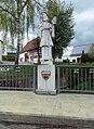 Dautmergen, Nepomuk Statue über der Schlichem.jpg