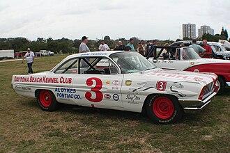 David Pearson (racing driver) - Image: David Pearson Pontiac