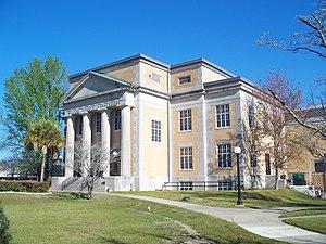 Walton County, Florida - Image: De Funiak Springs Hist Dist crths 02