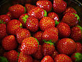 Delicious fresh strawberries (4735910403).jpg