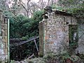 Derelict pump house - panoramio (1).jpg