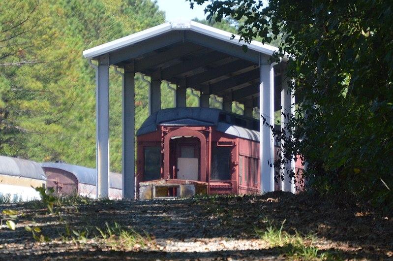File:Dinwiddie County Pullman car at Hallsboro museum.jpg