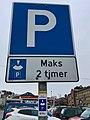 Disc parking sign in Leirvik, Stord, Norway 2018-03-08 IMG 6013.jpg