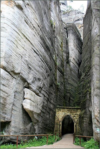 File:Dolní Adršpach - panoramio (2).jpg