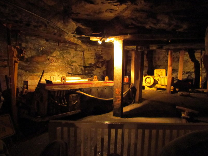 File:Down in the Cave Exhibition Coal Mine Beckly WV 8568 (7536178096).jpg