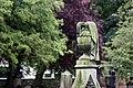 Dunfermline - urne sur une tombe.jpg