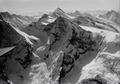 ETH-BIB-Mönch, Jungfrau, Finsteraarhorn v. N. W. aus 4500 m-Inlandflüge-LBS MH01-000481.tif