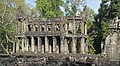 Edifice hypostyle (Preah Khan, Angkor) (6946876609).jpg