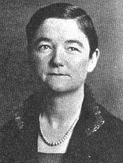 Bust photo of Edna Harker Thomas