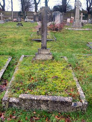 Mount Cemetery - Image: Edwin Dodgson Grave.2015