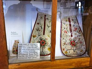 Pocket - Image: Eighteenth Century Pockets Swaledale Museum Reeth England