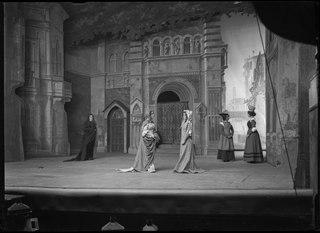 En veneziansk komedi, Dramatiska teatern 1904. Föreställningsbild