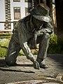 Estatua del alfombrista - panoramio.jpg
