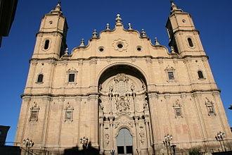 Santa María la Mayor (Alcañiz) - Façade of the church.