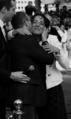Fadila Laanan embrassée par l'acteur Jean-Claude Van Damme.png