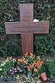 Fedja Anzelewski - Friedhof Nikolassee - Mutter Erde fec.JPG