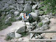 Siegfried-Quelle am Fuße des Felsenmeeres bei Lautertal
