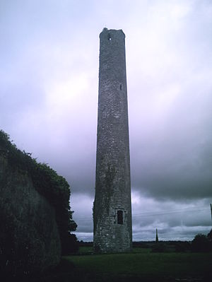 Grangefertagh - Round tower