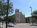 First Presbyterian Church - 3rd Ave and 5th St Cedar Rapids - panoramio.jpg