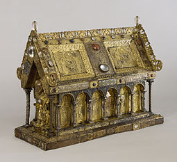 Flemish - Shrine of Saint Amandus - Walters 539 - Three Quarter.jpg