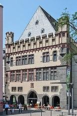 Frankfurt Am Main-Steinernes-Haus von Suedosten-20110705.jpg