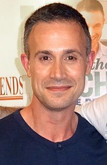 Freddie Prinze, Jr. (27600088526) (cropped).jpg